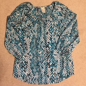 4 for $10 SALE Cute blouse